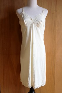 vintage satin ivory lingerie slip   lace sheer dress sexy romantic off  white cream   large 331039097