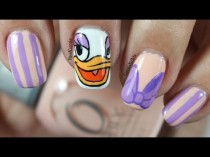 wedding photo - Disney Nail Art *daisy Duck*