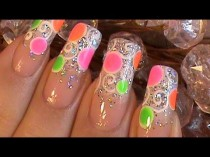wedding photo - Neon Sparkle Nails!