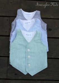 wedding photo - Boys Vest Seersucker Vest for Boys. Easter Outfit, Ring Bearer Outfit, Baptism Suit, Baby Boy Suit