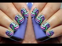 wedding photo - Oblique Stripes Nail Art