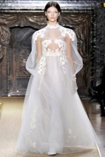 wedding photo - Valentino Spring 2012 Couture