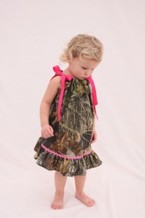 wedding photo - Baby girl camo dress, Mossy oak hot pink pillowcase dress, Camo Flower girl dress