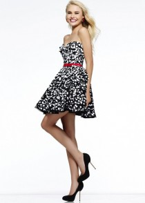 wedding photo - Black White Polka Dot Sequin Strapless Short Prom Dress Sherri Hill 11117