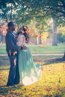 wedding photo - A Romantically Urban Engagement Session - Belle The Magazine