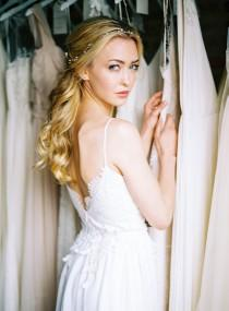 wedding photo - Wedding Dress Shopping Tips - Wedding Sparrow