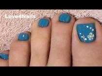 wedding photo - Fast & Easy Blue Toe Nail Art