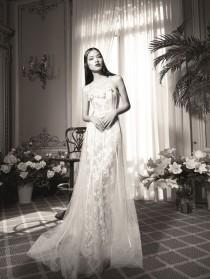 wedding photo - Yolan Cris presenta su nueva colección de vestidos de novia en la LBFW 2015