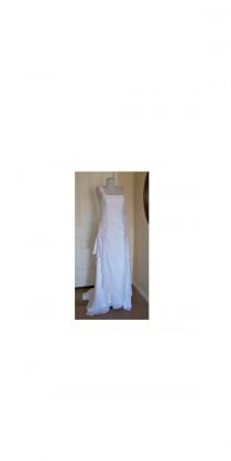 wedding photo - vintage couture wedding dress corset back, long train