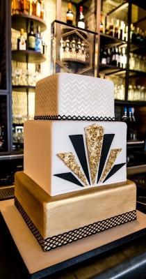 wedding photo - Comida Food Muerta De Hambre Shut And Give Me My Cake.