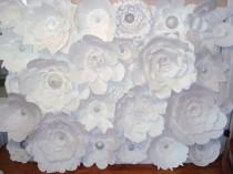 wedding photo - DIY Paper Flower Backdrop (White)