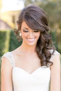 wedding photo - 10 Peinados Para Novias Con Pelo Largo