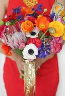 wedding photo - 20 Ways To Wrap A Wedding Bouquet