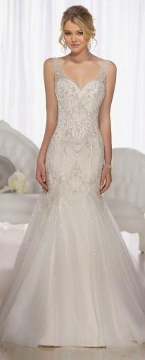 wedding photo - Editor's Picks: 22 Amazing Hand-Beaded Wedding Dresses