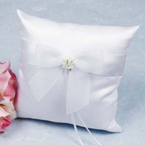 wedding photo - Calla Lily Bouquet Wedding Ring Bearer Pillow - 75725C