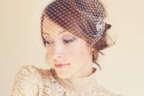 wedding photo - 9 inch bandeau birdcage veil