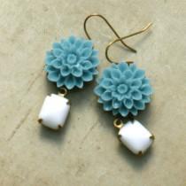 wedding photo - Flower Drop Earrings, Blue Dahlia Flower and White Glass Rhinestone, Retro Flower Earring, Turquoise Blue Flower, Bridesmaid Jewelry