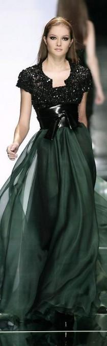 wedding photo - Elie Saab Fall 2007 Ready-to-Wear Fashion Show: Complete Collection
