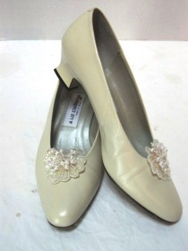 wedding photo - Vintage Bride Shoes, Liz Claiborne Pumps Size 7.5, Sparkly Clip Cinderella Slippers, Bridesmaid, Formal,  Wedding, Ecru, Embellished Shoes
