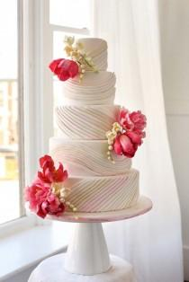 wedding photo - Pretty Wedding Cake By Whisk Cake Company