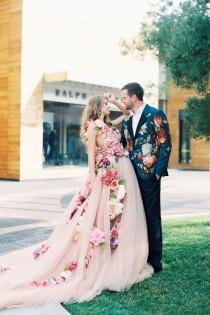 wedding photo - 30 Fashion-Forward Wedding Dress Ideas