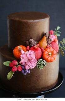 wedding photo - Chocolate Painted Cake