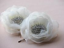 wedding photo - Ivory hair flowers Ivory hair clips 2 ivory hair flower Ivory headpiece Bridal flower clips Rhinestone hair clips Wedding rhinestones