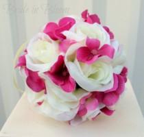 wedding photo - Wedding flower balls Flower girl kissing ball Pomanders Wedding ceremony decorations