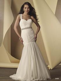 wedding photo - Wedding dress 2015 Alfred Angelo Style 2458