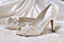 b11b2aacd17 Peep Toe Shoes #4 - Weddbook