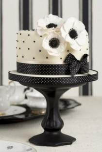 wedding photo - Polka Dot Wedding Theme