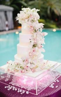 wedding photo - Beautiful Orchids On A Wedding Cake!