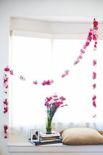 wedding photo - Carnation Garland