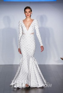 wedding photo - Hayley Paige Wedding Dresses - Fall 2015 - Bridal Runway Shows - Brides.com