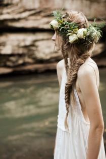 wedding photo - DIY: Boho Double Fishtail Braid