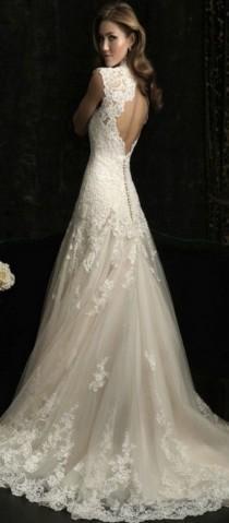 wedding photo - Allure 8965 Size 4 Wedding Dress
