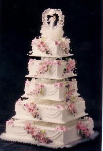 wedding photo - Unique Wedding Cake