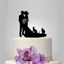 wedding photo - family Wedding Cake Topper birde and groom silhouette with two cats, pets Cake Topper, couple, funny topper, kissing couple topper