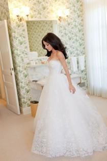 wedding photo - {a Glamorous Little Side Project}: {oscar De La Renta}