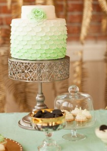 wedding photo - This Mint-colored Ombre Cake Is So Cheerful