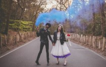 wedding photo - 21 Awesome Smoke Bomb Wedding Ideas