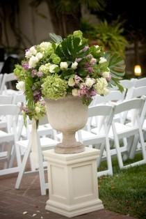 wedding photo - Ceremony Flowers