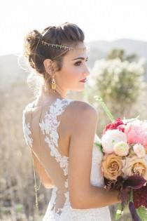 wedding photo - Keys To Finding The Perfect Wedding Dress