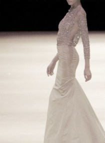 wedding photo - Alexander McQueen 2005 Runway