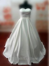 wedding photo -  Real Samples Vintage Princess Wedding Dress A-line Taffeta Pick-up Skirt Bridal Gown Custom Made Wedding Gown