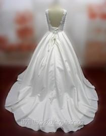 wedding photo -  Real Samples Vintage Taffeta and Lace Wedding Dress Plus Size Bridal Gown with Pick-up Skirt Princess Wedding Gown