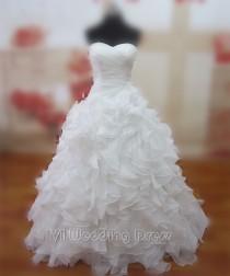 wedding photo -  Real Samples Wedding Dresses with Rich Ruffes Chapel Train Bridal Dresses Vestido De Novia Bridal Gowns Made to Order