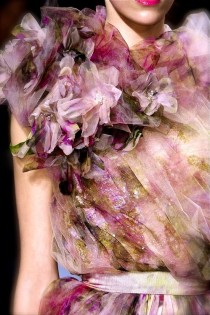 wedding photo - Elie Saab - Runway - Paris Fashion Week Haute Couture S/S 2011