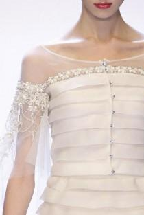 wedding photo - Valentino At Paris Spring 2007 (Details)