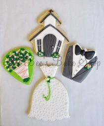 wedding photo - Engagement And Wedding Cookie Ideas